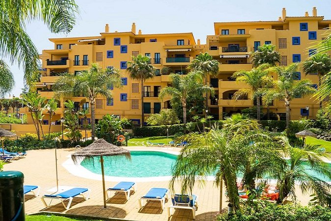 Property for sale in Los Almendros