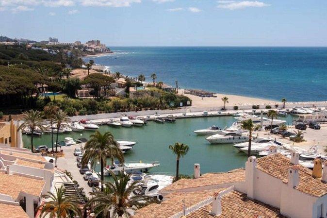 Properties for sale in Puerto de Cabopino