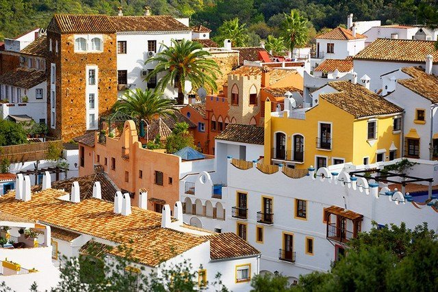 Townhouses for sale in Marbella